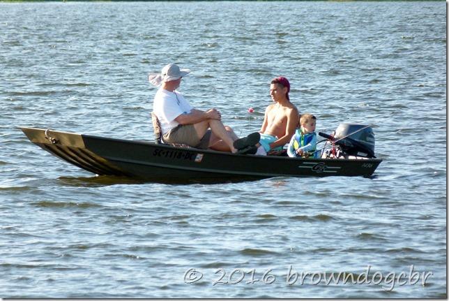 People enjoying the fishin'.